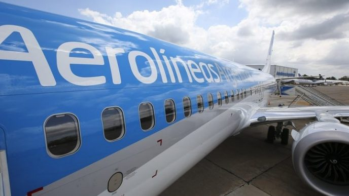 Aerolineas Argentinas.