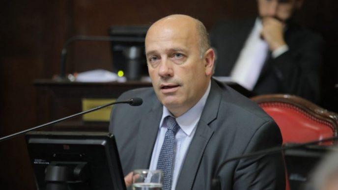 Andrés De Leo.