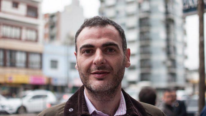 Adrián Urreli.