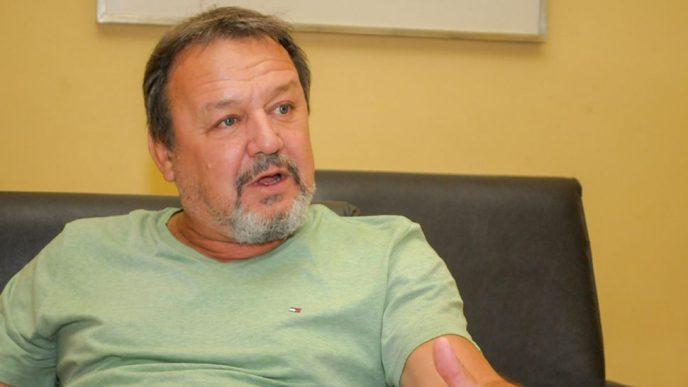 Roberto Costa.