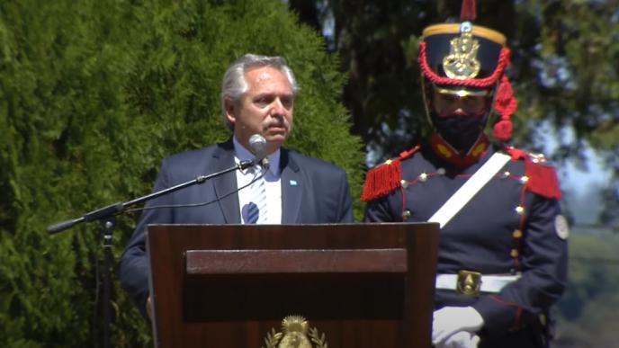 Fernández destacó el coraje que pocos tienen y recordó a San Martín,  Belgrano y Güemes | Grupo La Provincia