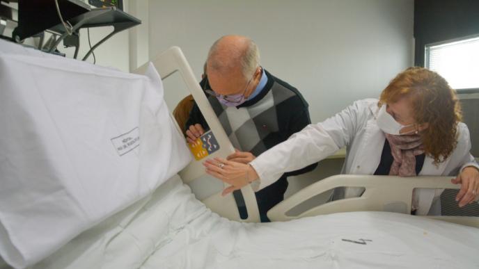 """Gollán visitó la Unidad de Trasplante de Médula Ósea (UTMO) del hospital """"Rodolfo Rossi"""""""
