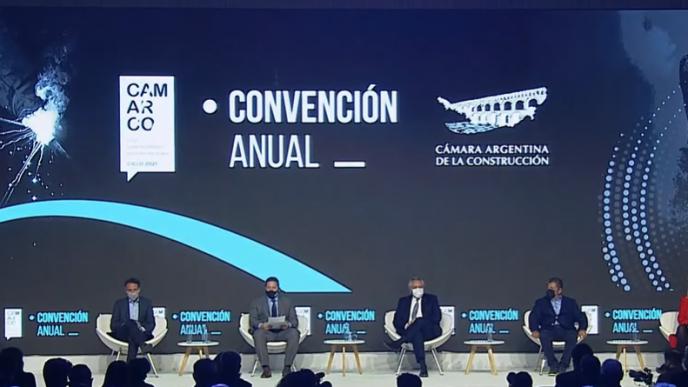 Fernández participa del cierre la Convención Anual 2021 de la Cámara Argentina de la Construcción, en el predio de La Rural.